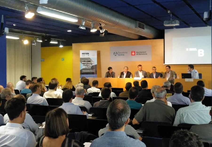 Concluye la 3ª edición del Foro «Infraestructuras de recarga eléctrica y vehículos eléctricos»